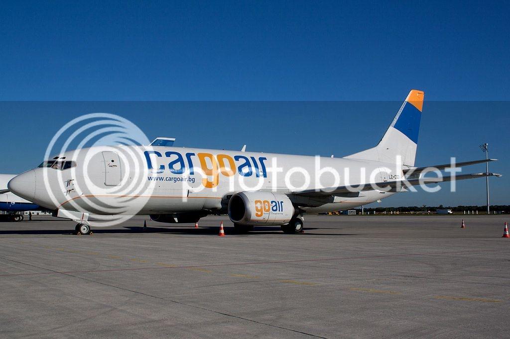 cargoair737.jpg