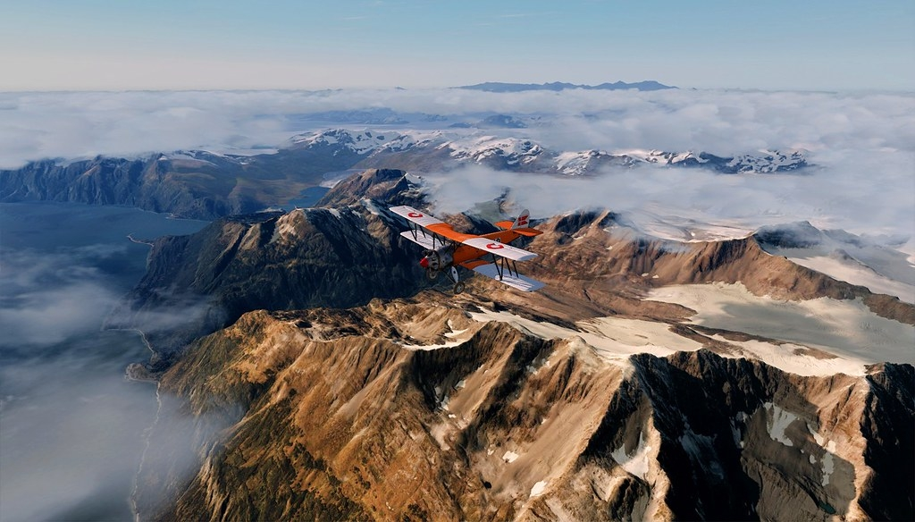 Valdez airport. Avro tutor