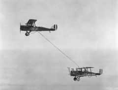 First Mid Air refueling 1923, U.S. Army Air Corps
