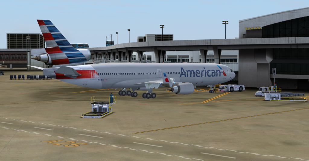 American Airlines MD-11 (New Livery)