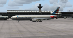 American Airlines MD-11 at KIAD