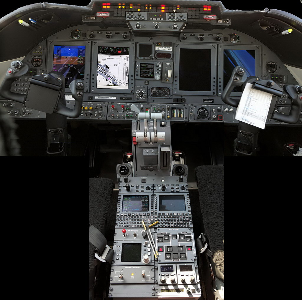 60XR_cockpit_1024.jpg